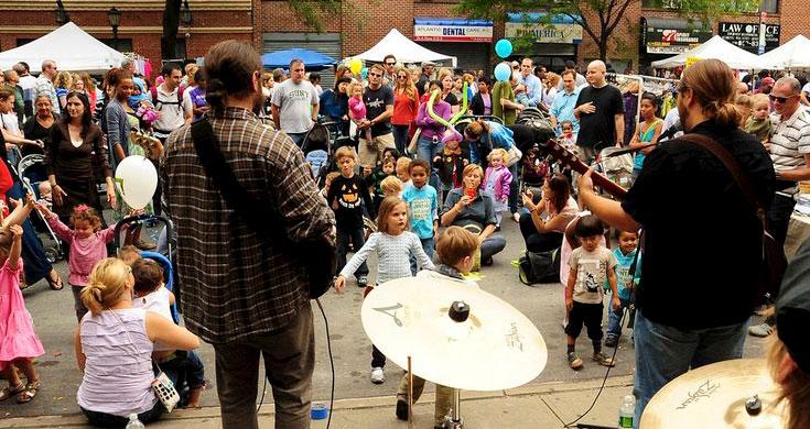 Transit Museum Celebrates 20th Bus-Festival at Atlantic Antic