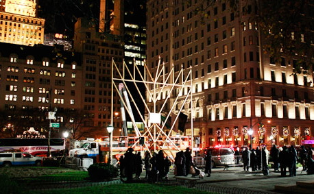 See Two 'Grand' Chanukah Menorah Lightings in NYC Tonight