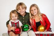 Finishing the Year with a Flash: Where to Take Family Portraits and Make Holiday Cards