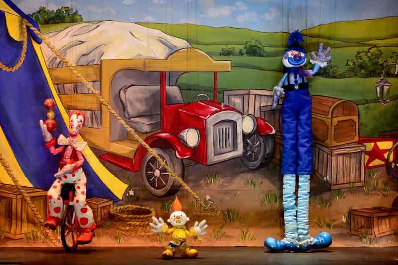 Bessie's Big Shot at Swedish Cottage Marionette