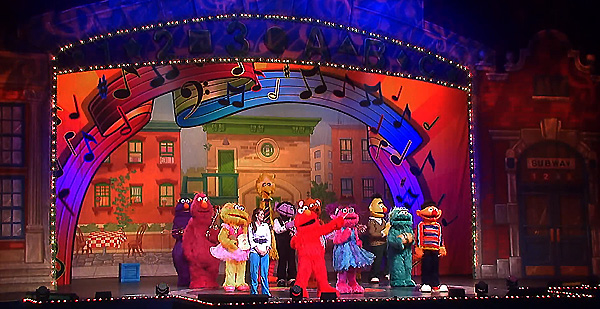'Elmo Makes Music' Rocks into Madison Square Garden
