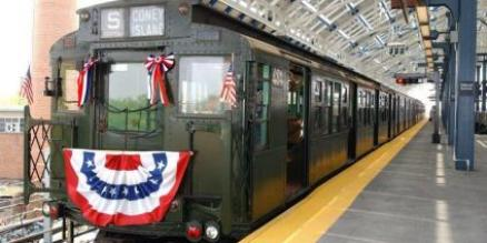 Holiday Shoppers can enjoy a Vintage Train and Bus Ride this Month